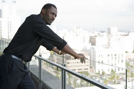 Idris Elba as Gordon Cozier in Takers